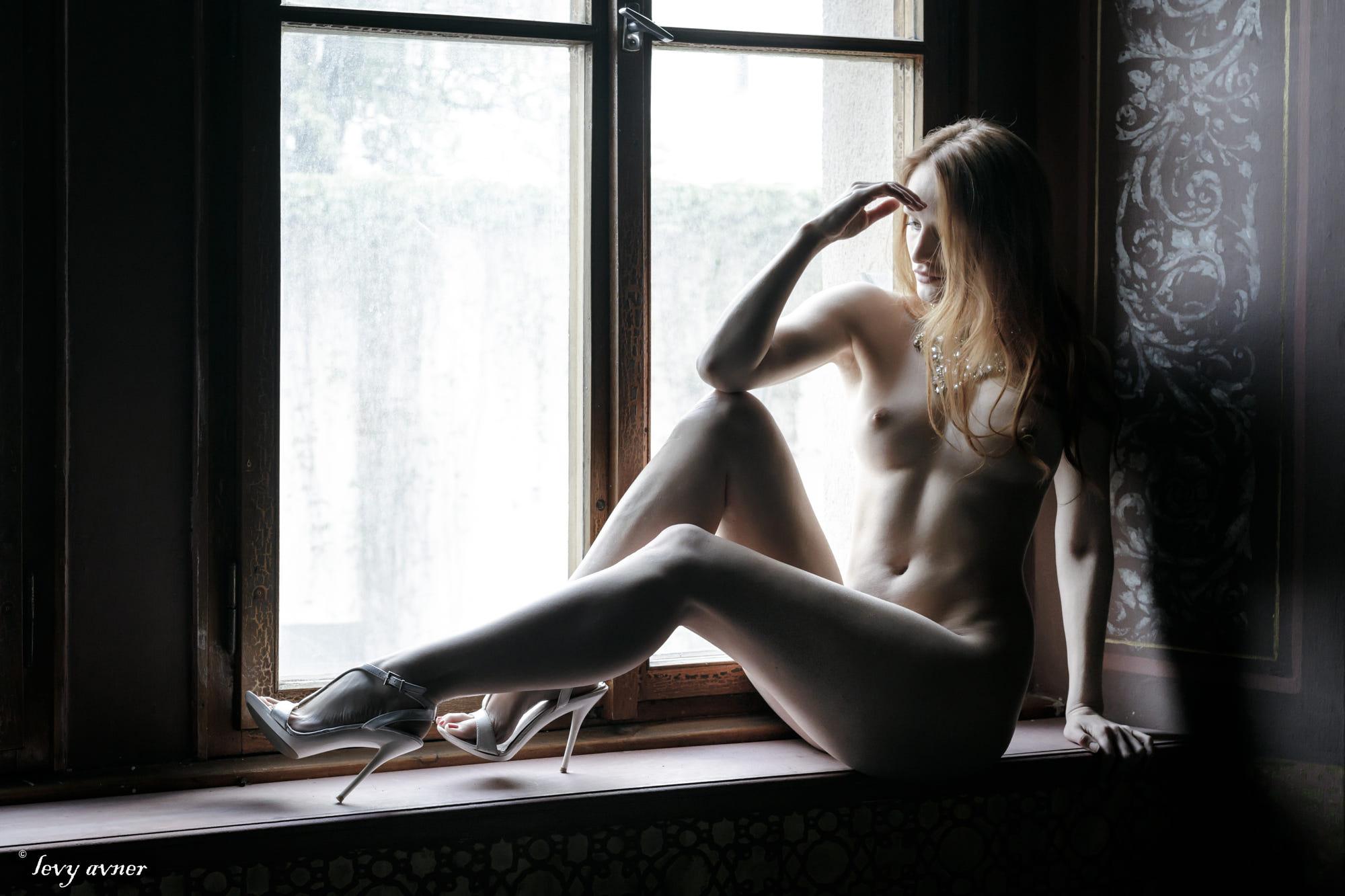 Levi johnston gets naked for america
