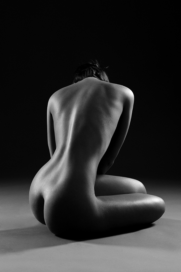 Nude black and white photographs — photo 10