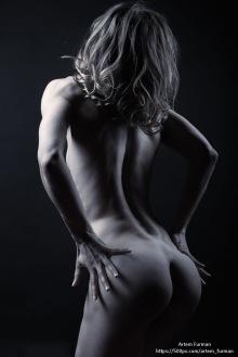 Artem Furman -Beauty nude (1)